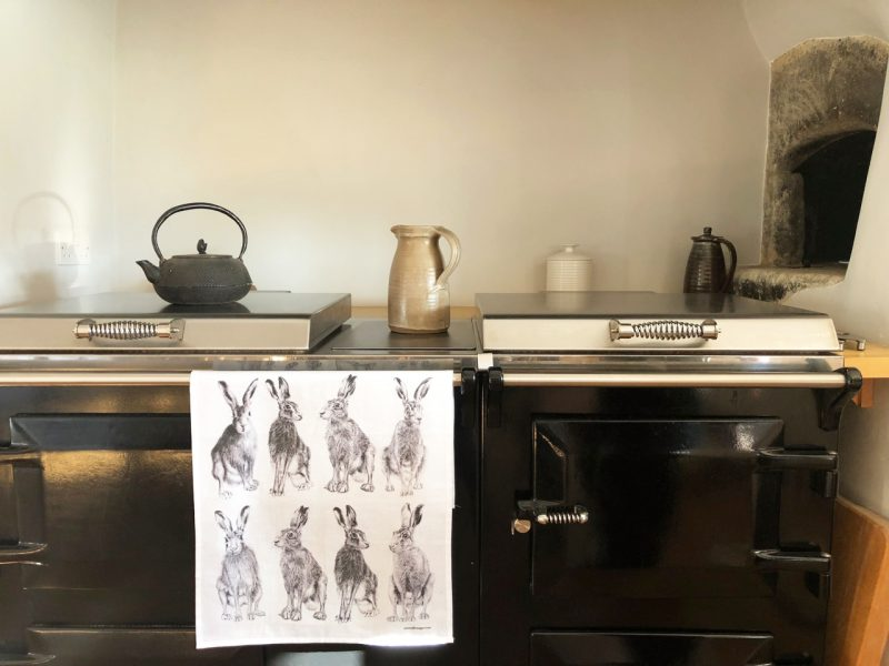 Hare tea towel, gifts